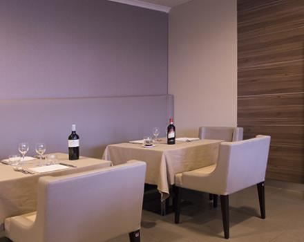 Taste italian flavours at our restaurant in an elegant 4 star hotel in Catanzaro Lido