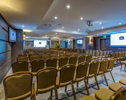 Discover the Best Western Plus Convention Center Hotel Perla del Porto for your meeting in Catanzaro