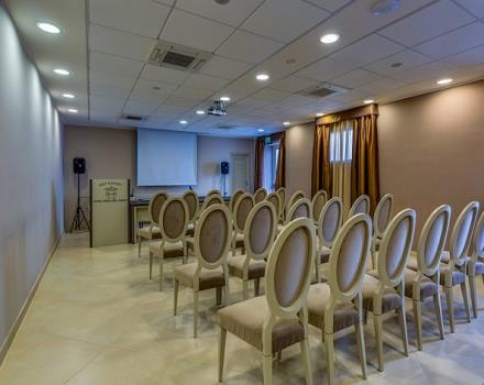 Best Western Plus Hotel Perla del Porto, 4 star hotel in Catanzaro Lido, is the ideal solution for your meeting in Catanzaro