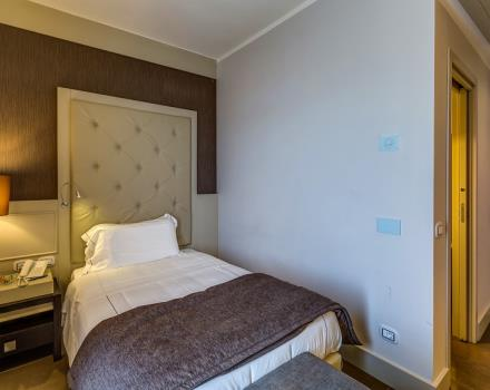 Discover the Best Western Plus Hotel Perla del Porto, 4 star hotel in Catanzaro, during your holiday