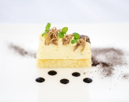 Discover the proposals and the pastries in the restaurant L''olimpo in Catanzaro Lido