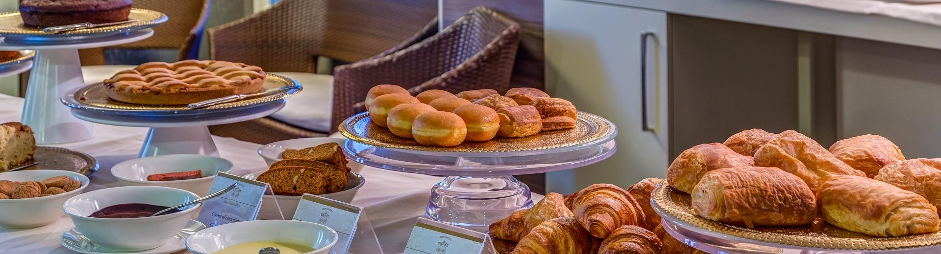 Tasty breakfast at BW Plus Hotel Perla del Porto in Catanzaro Lido