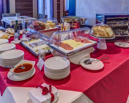 The buffet breakfast at the Best Western Plus Hotel Perla del Porto, 4 star hotel in Catanzaro Lido, lets start the day with the right energy